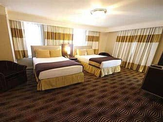 New Yorker Hotel - Double Room