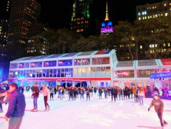 Skating in New York - Bryant Park 2