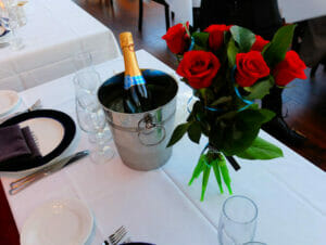 Valentines-Dinner-Cruise-in-New-York-SOL