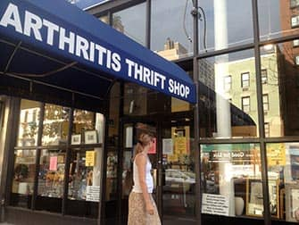 Comprar en Upper East Side - Arthritis Thrift Shop