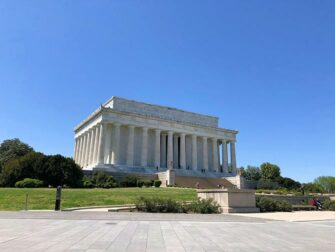 New York to Amish Country, Philadelphia and Washington D.C. 2-day trip - Lincoln Memorial