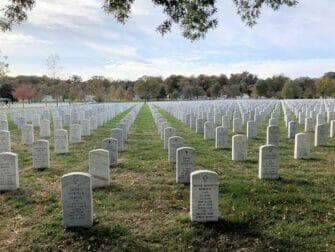 New York to Washington D.C. by Train Day Trip - Arlington Cemetery
