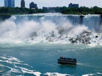 Niagara Falls 2 Day Trip - Boat Tour