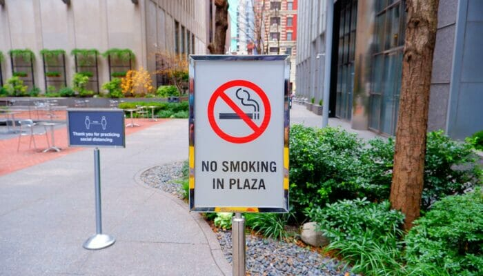 Smoking in New York - No Smoking in Parks