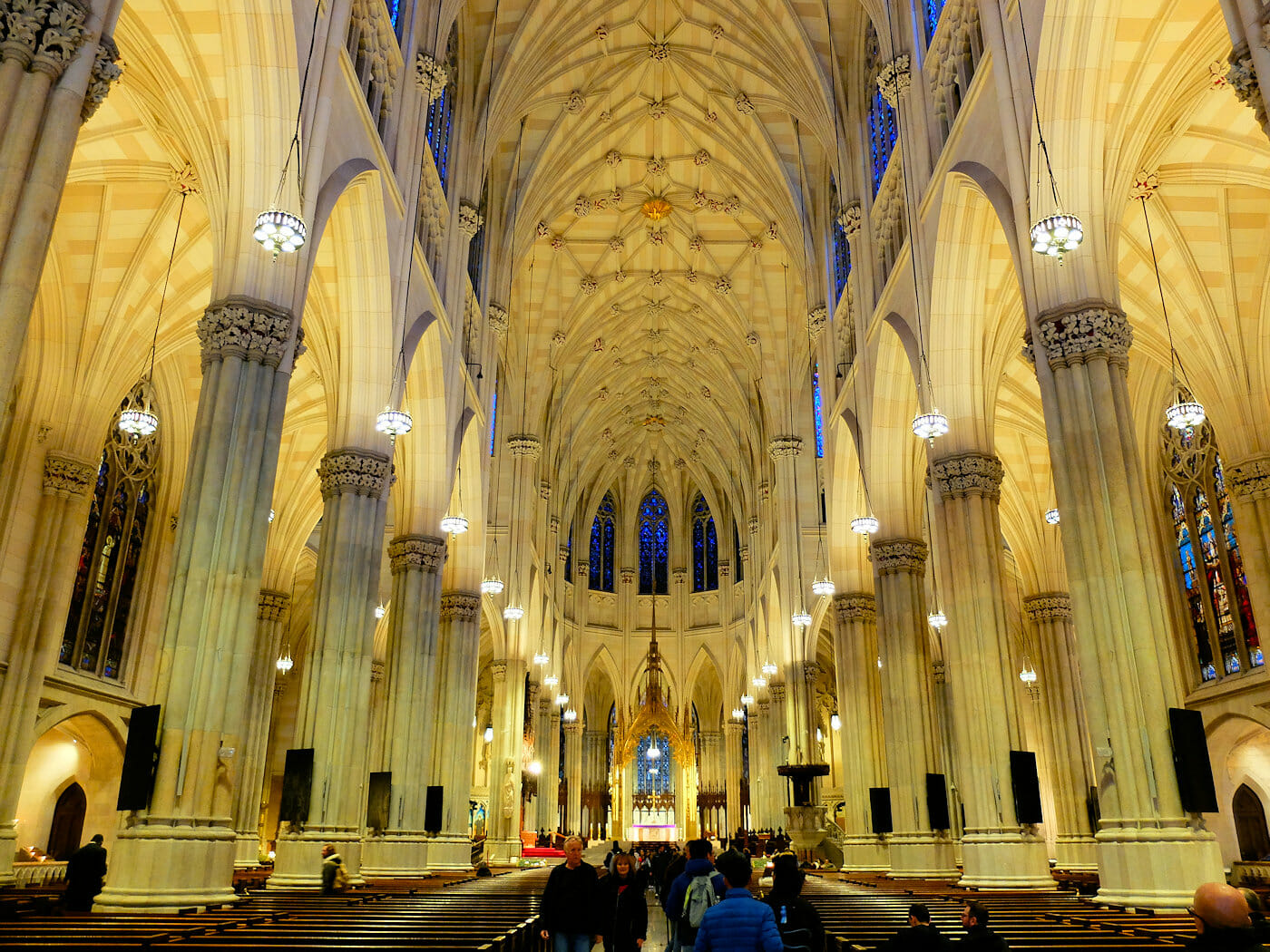 St. Patrick's Cathedral in New York - Impressive Architecture