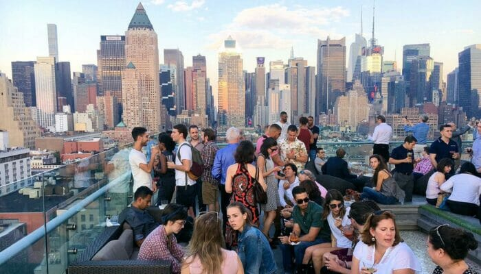 Rooftop Bar Tour in New York - Manhattan