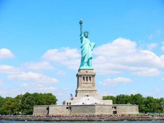 Difference between New York Sightseeing Flex Pass and New York Explorer Pass - Statue of Liberty