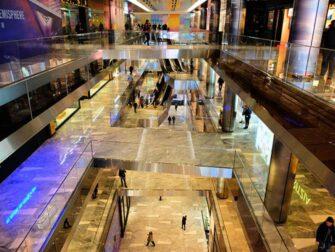 Hudson Yards in New York - The Shops & Restaurants