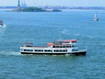 New York CityPASS vs New York Pass - Circle Line - New York