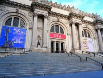 New York CityPASS vs New York Pass - Metropolitan Museum of Art - New York