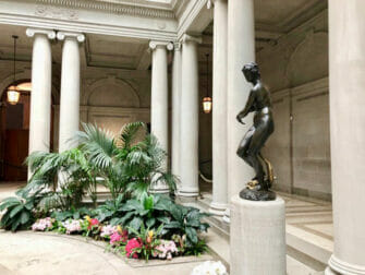 The Frick Collection in New York - Statue