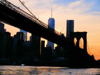 Twilight Boat Tour - Brooklyn Bridge