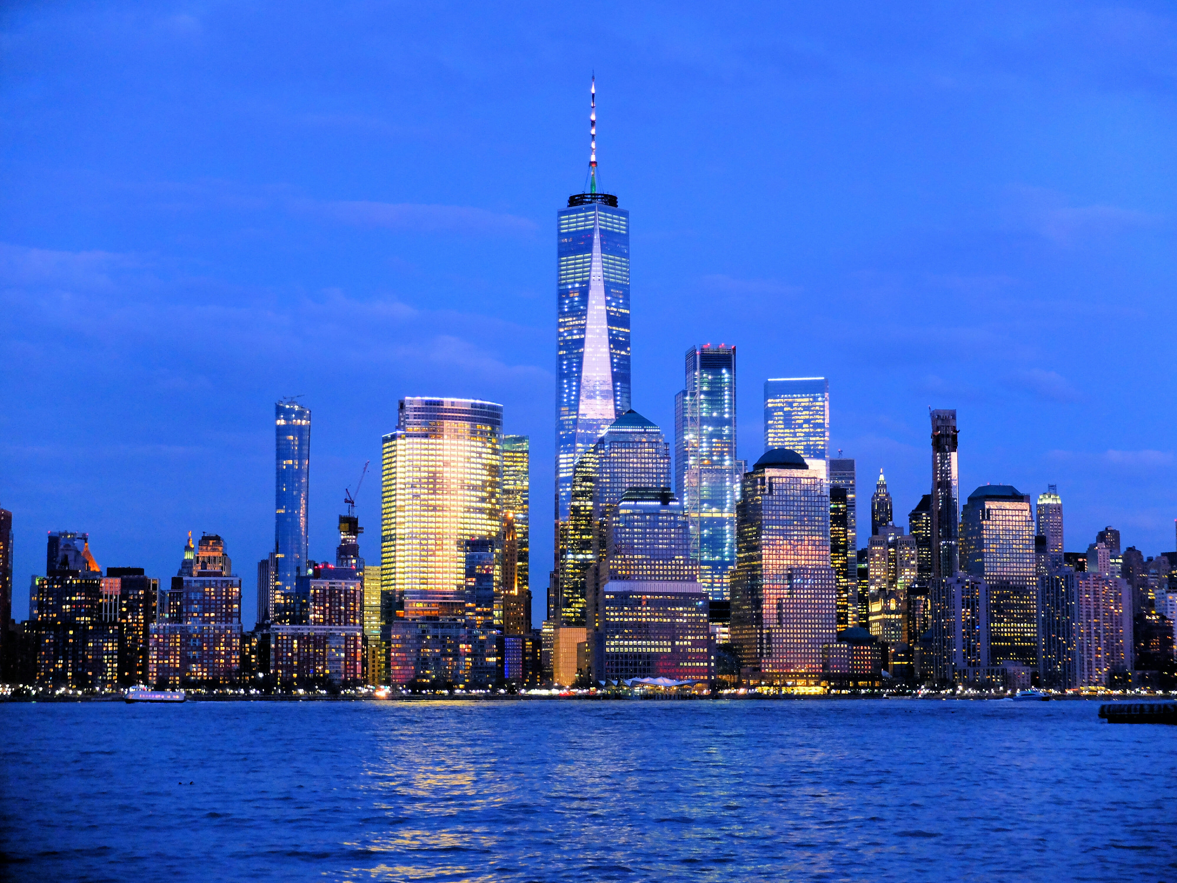 1 Beautiful Skyline with One World Trade Center – High Quality Wallpaper