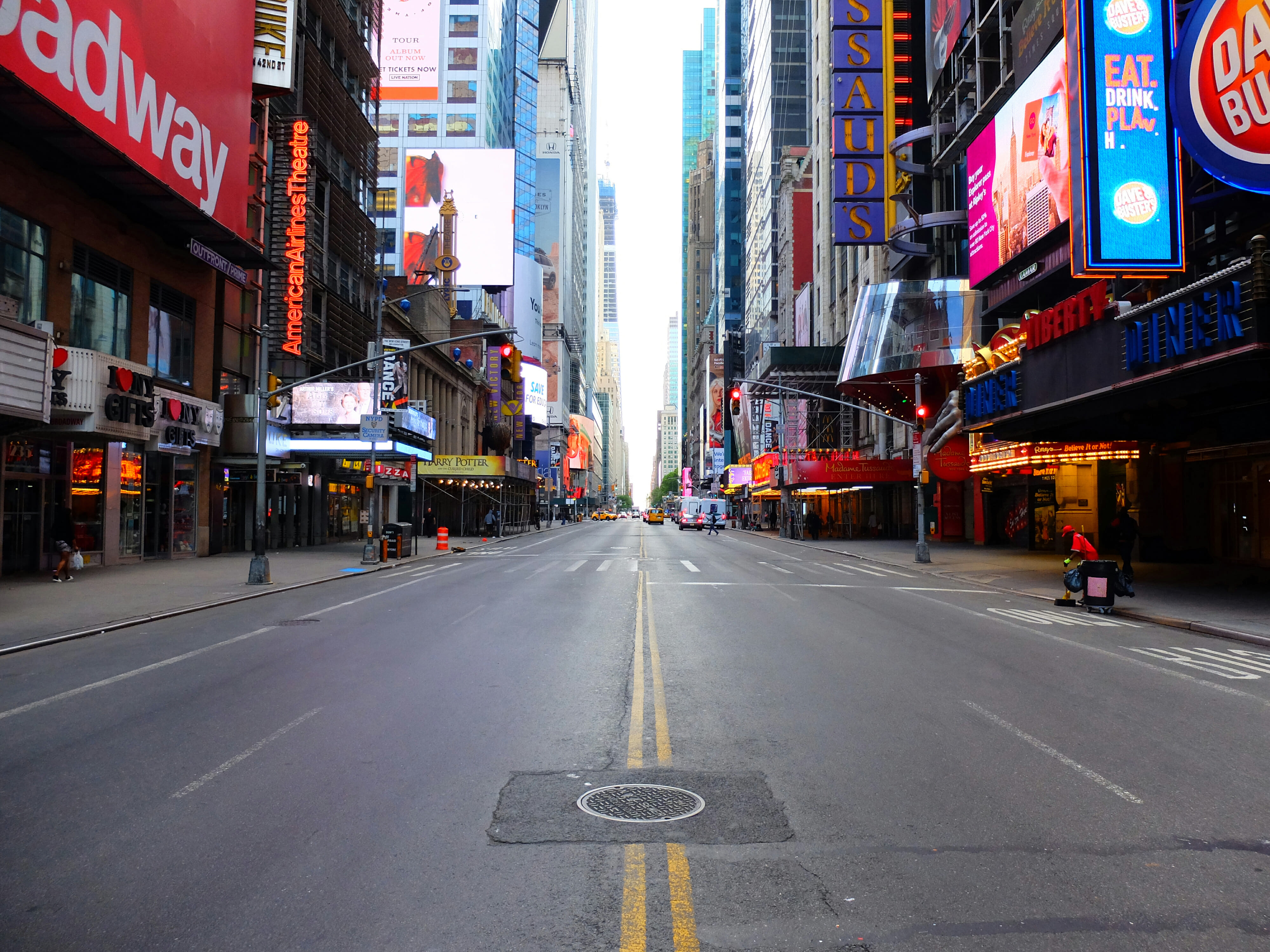 42nd Street in New York – High Quality Wallpaper