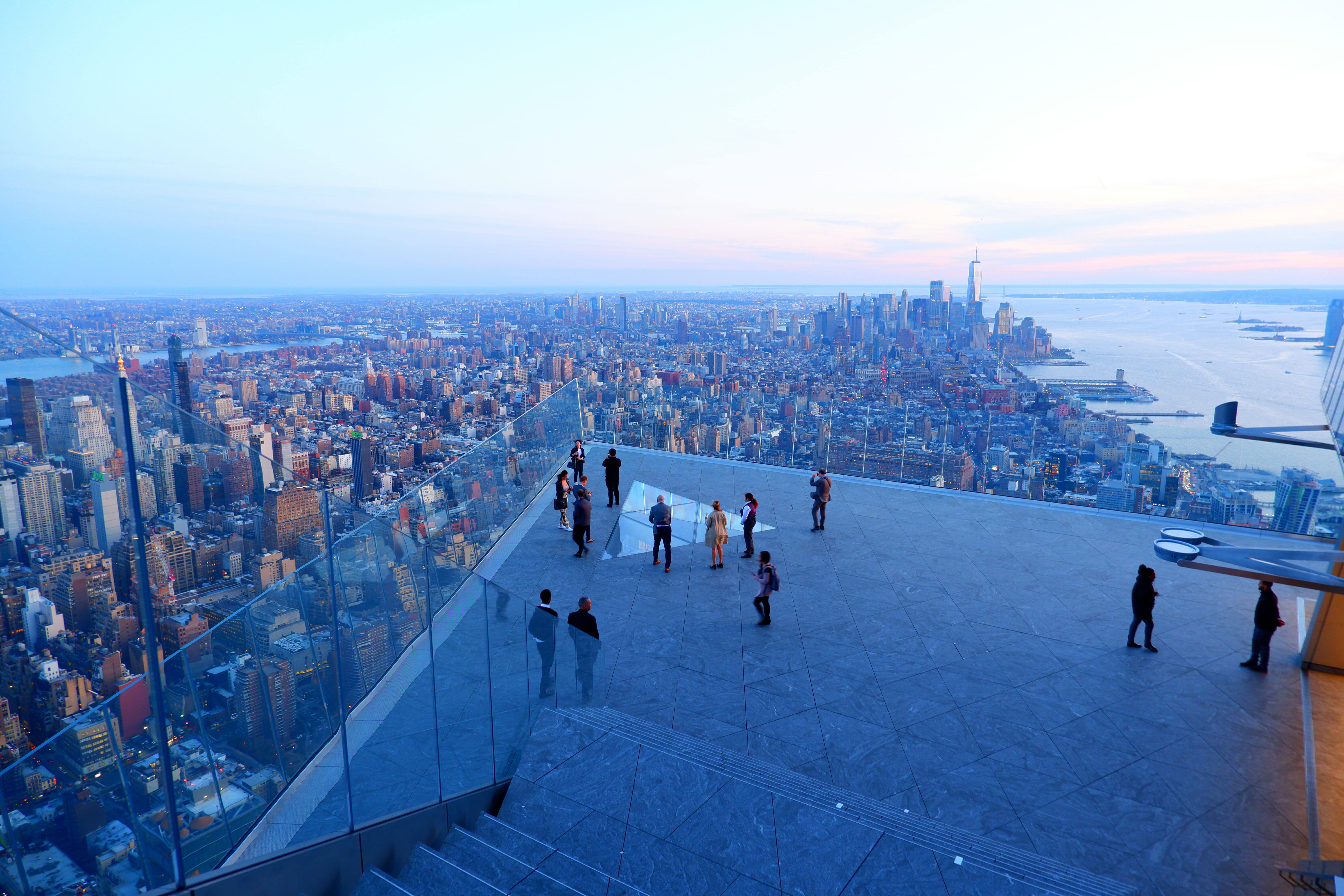 Best view in New York – from the Edge – High Quality Wallpaper