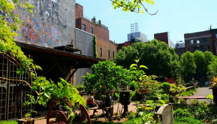 Parks in New York - Elizabeth Street Garden