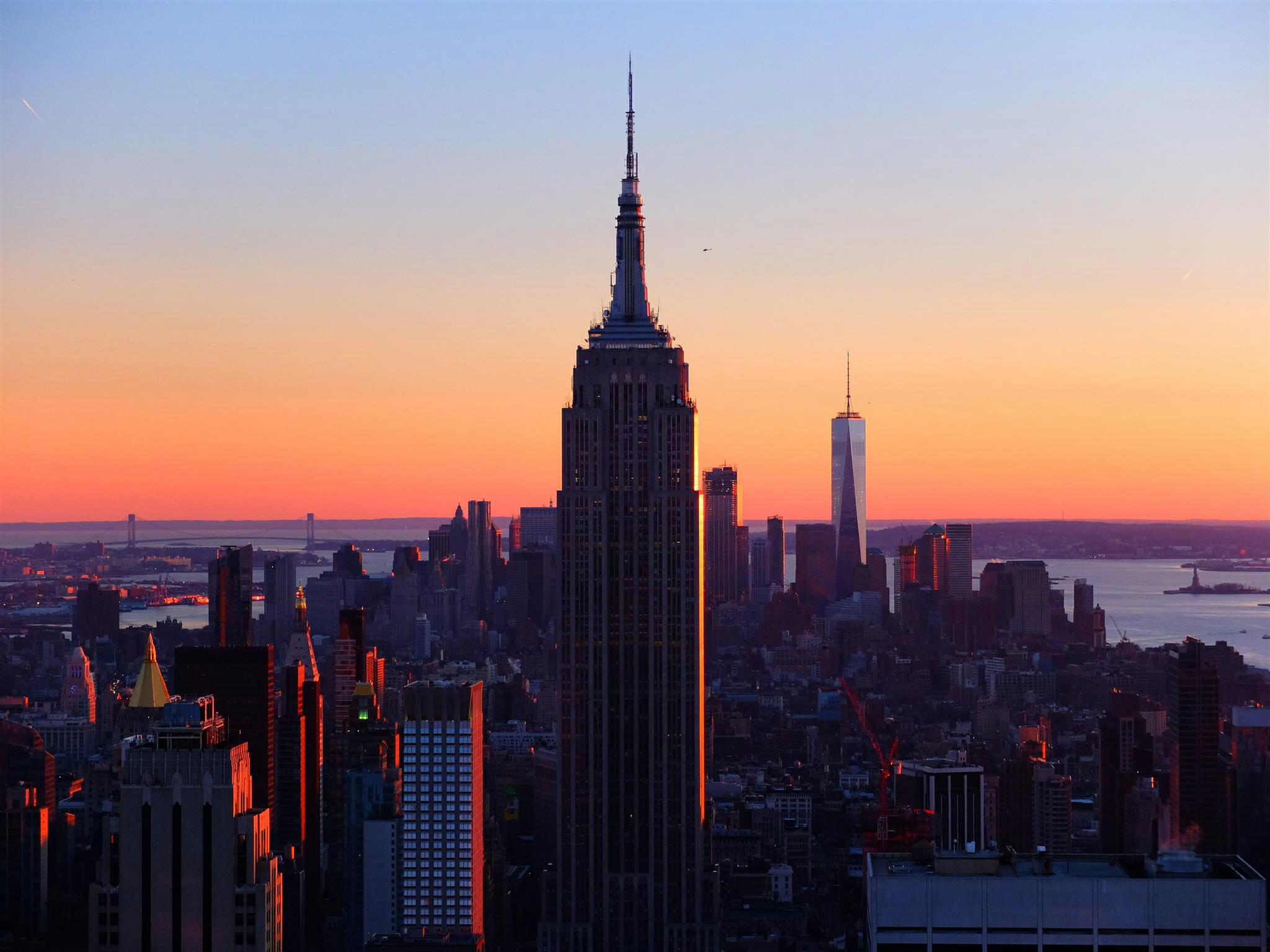 Empire State Building Sunset – High Quality Wallpaper