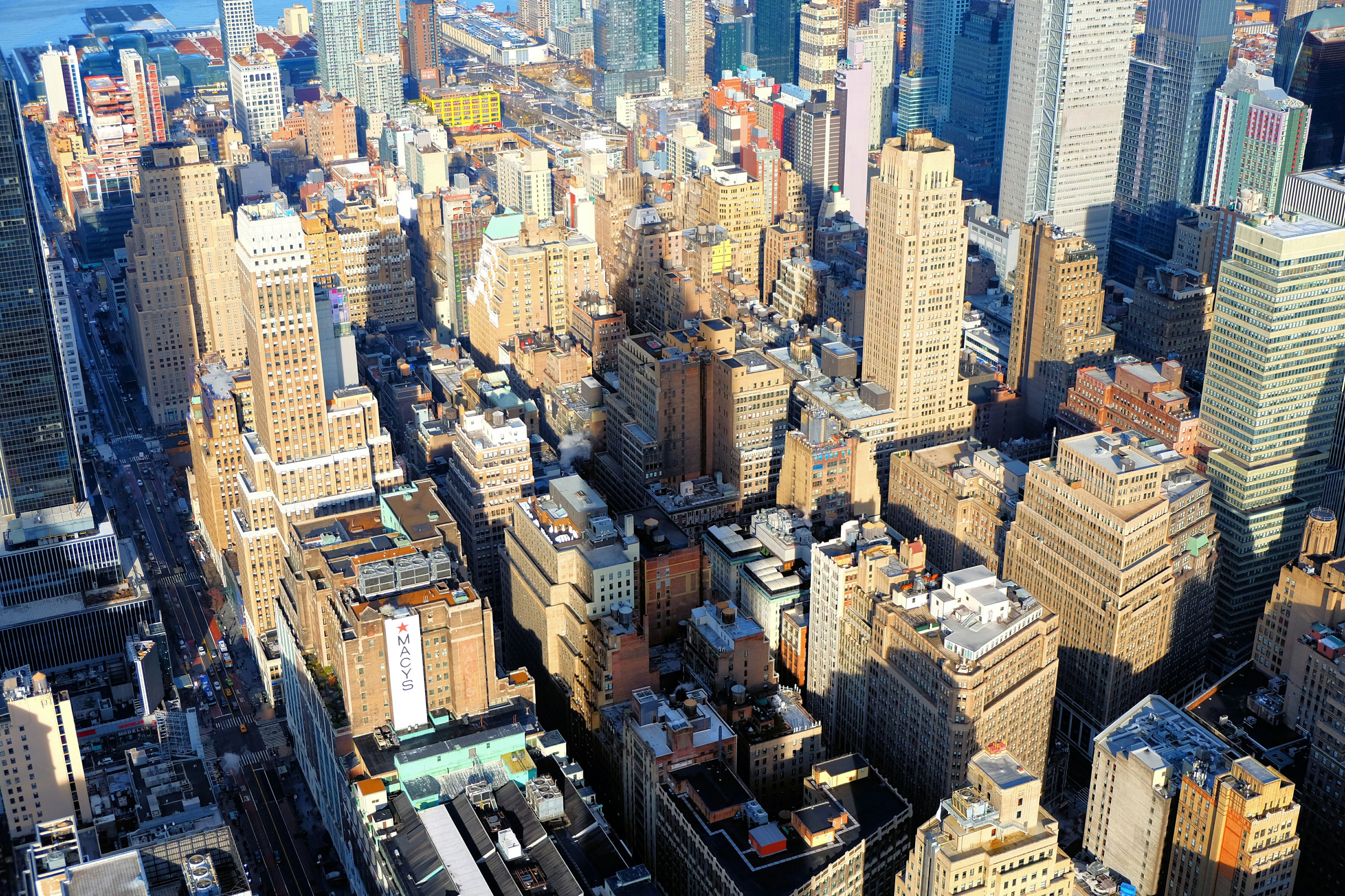 Helicopter Tour in New York – Midtown Manhattan – High Quality Wallpaper