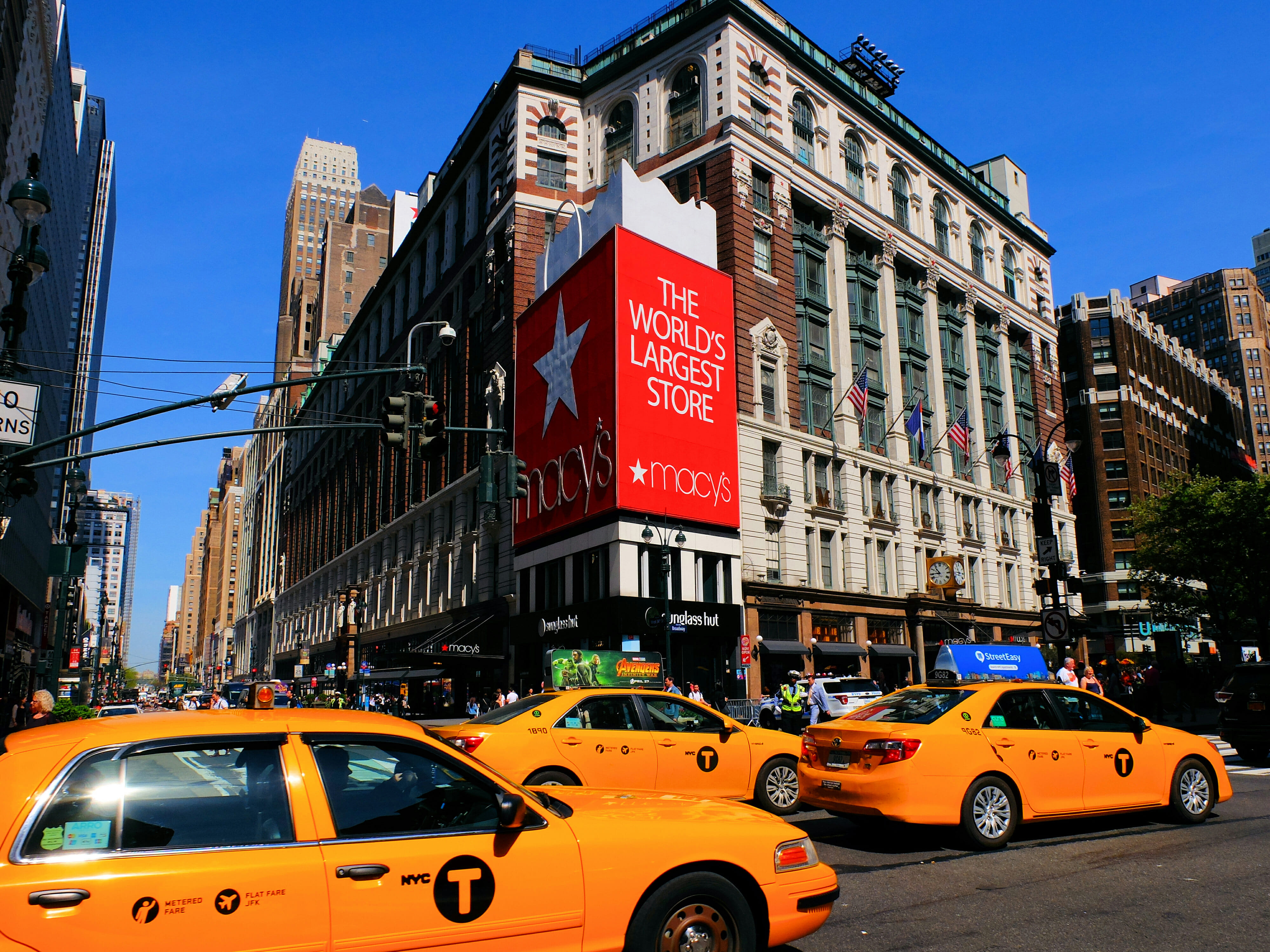 Macys in New York – High Quality Wallpaper