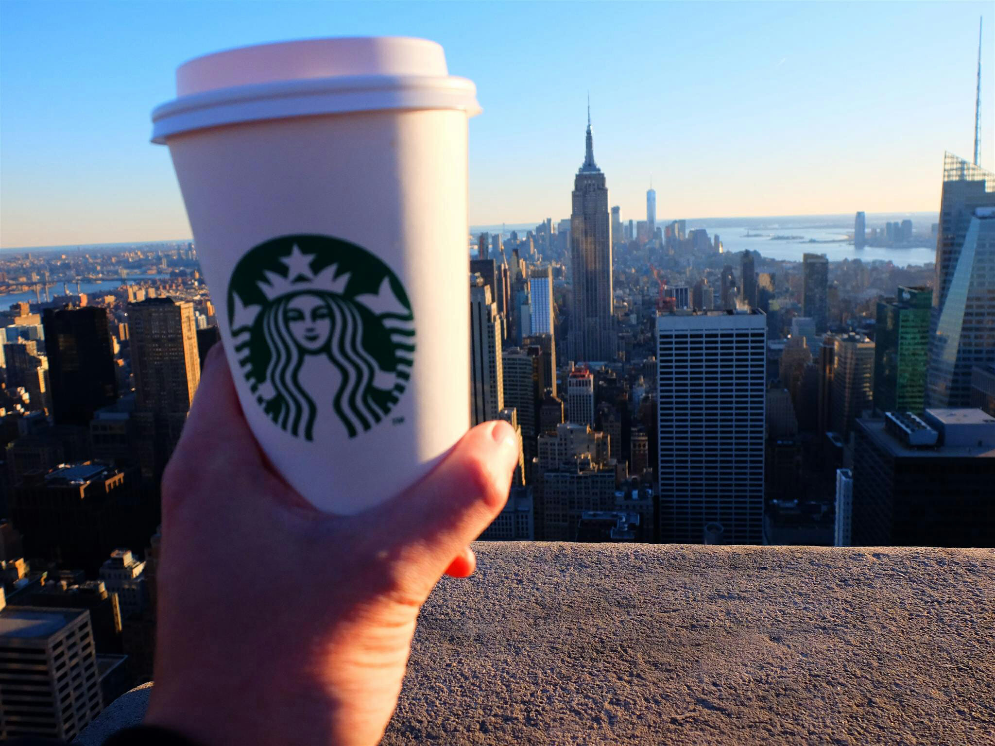 Starbucks and Empire State Building – High Quality Wallpaper