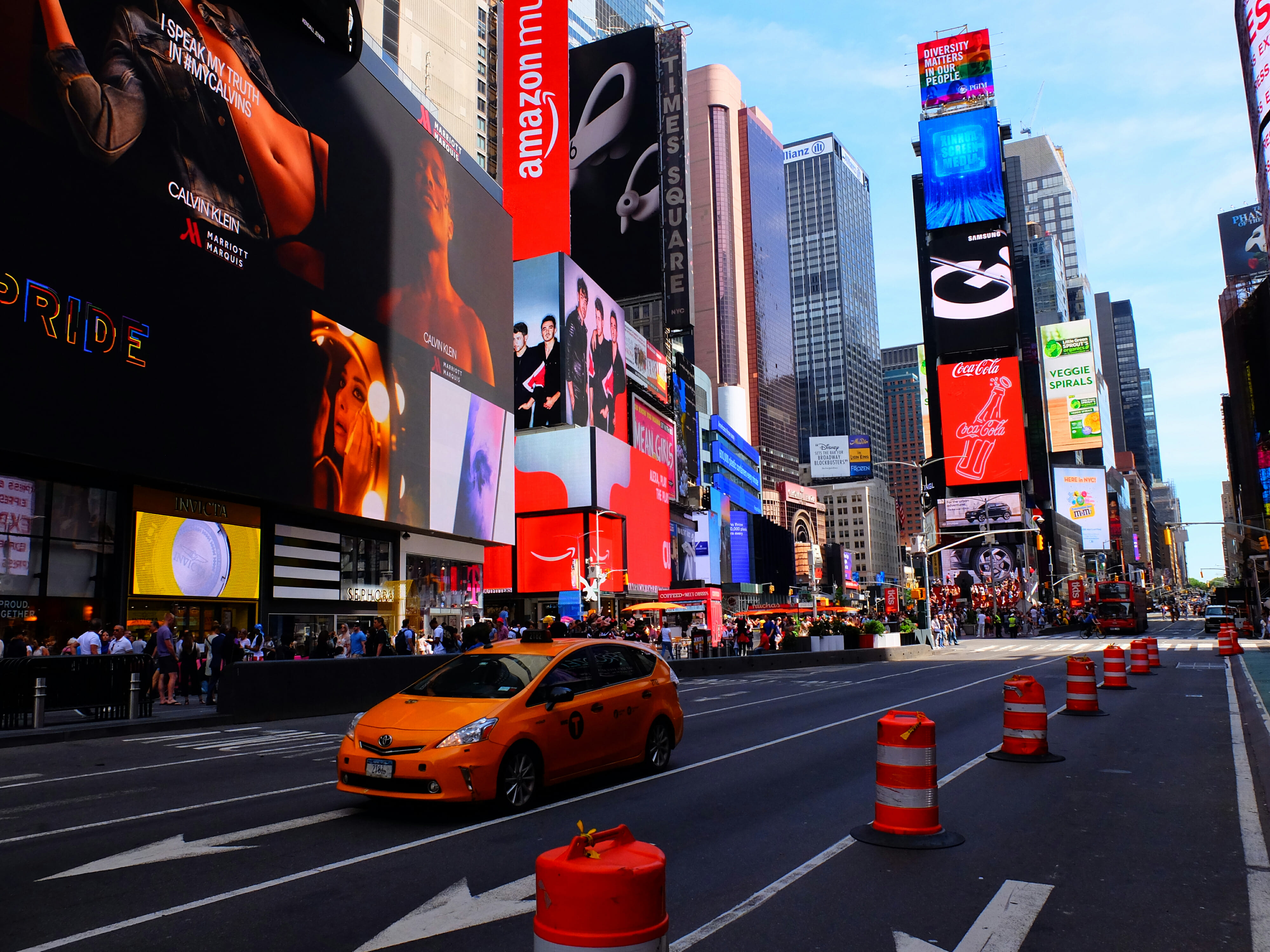 Times Square in New York City – High Quality Wallpaper