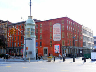 South Street Seaport in New York Museum