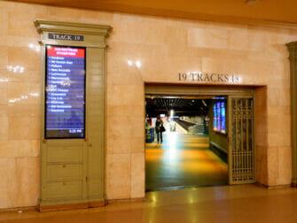 Metro-North Railroad in New York - Metro North in Grand Central