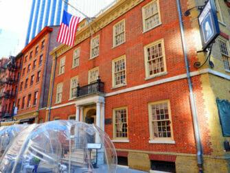 Hamilton Tours in New York - Fraunces Tavern