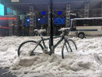 Snow in New York - Transportation